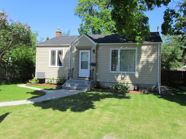 Main Photo: 155 HANDYSIDE Avenue in WINNIPEG: St Vital Residential for sale (South East Winnipeg)  : MLS®# 1111174