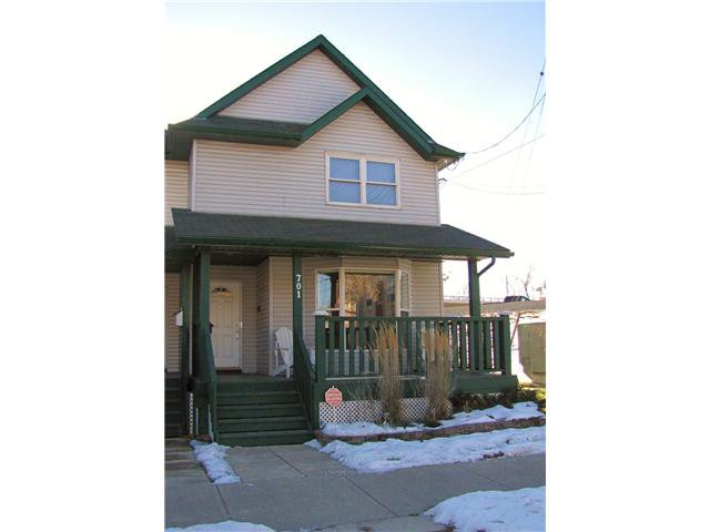 Main Photo: 701 MCDOUGALL Road NE in CALGARY: Bridgeland Residential Attached for sale (Calgary)  : MLS®# C3592484
