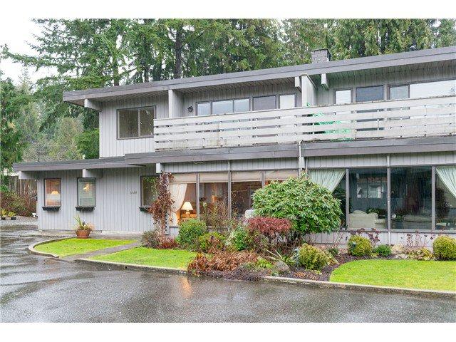 "Main Photo: 3664 EDGEMONT BV in North Vancouver: Edgemont House 1/2 Duplex for sale in ""VILLAGE GREEN"" : MLS®# V1041042"