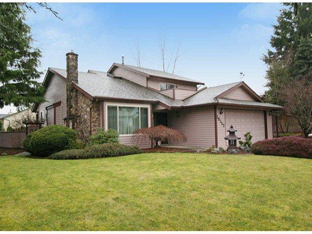 Main Photo: 19152 59A AV in : Cloverdale BC House for sale : MLS®# F1404770