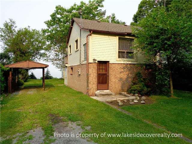 Main Photo: 2372 Lakeshore Drive in Ramara: Rural Ramara House (2-Storey) for sale : MLS®# X3252980