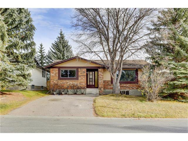 Main Photo: 6120 84 Street NW in Calgary: Silver Springs House for sale : MLS®# C4049555