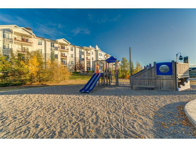 Photo 44: Photos: 111 8 COUNTRY VILLAGE Bay NE in Calgary: Country Hills Village Condo for sale : MLS®# C4052961
