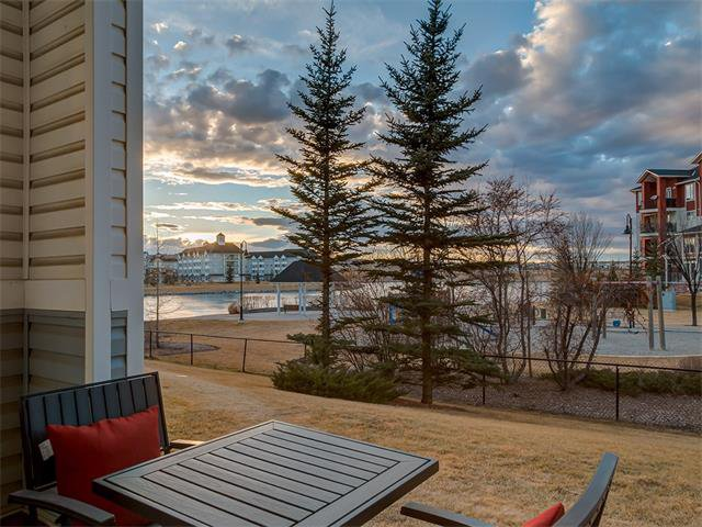 Photo 15: Photos: 111 8 COUNTRY VILLAGE Bay NE in Calgary: Country Hills Village Condo for sale : MLS®# C4052961
