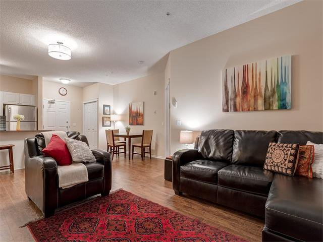 Photo 11: Photos: 111 8 COUNTRY VILLAGE Bay NE in Calgary: Country Hills Village Condo for sale : MLS®# C4052961