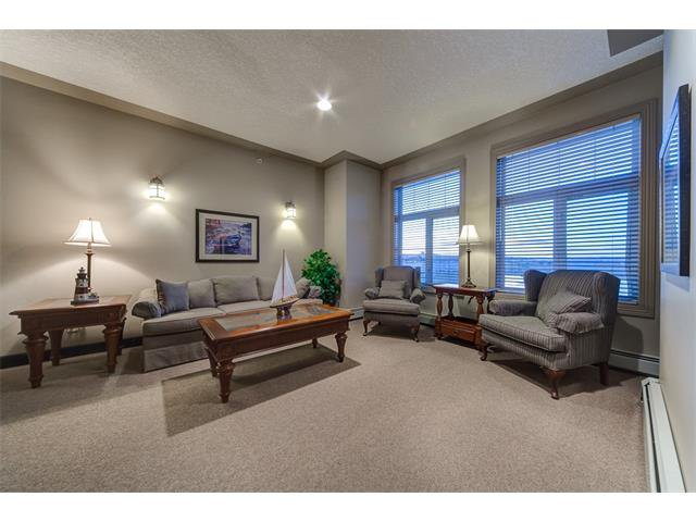 Photo 37: Photos: 111 8 COUNTRY VILLAGE Bay NE in Calgary: Country Hills Village Condo for sale : MLS®# C4052961