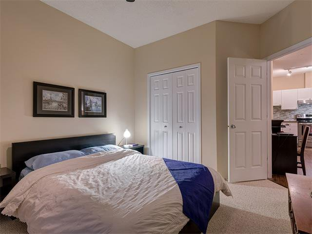 Photo 26: Photos: 111 8 COUNTRY VILLAGE Bay NE in Calgary: Country Hills Village Condo for sale : MLS®# C4052961