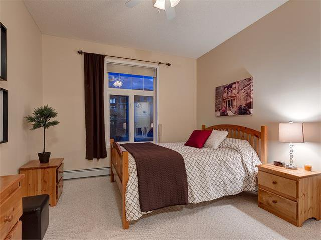 Photo 20: Photos: 111 8 COUNTRY VILLAGE Bay NE in Calgary: Country Hills Village Condo for sale : MLS®# C4052961
