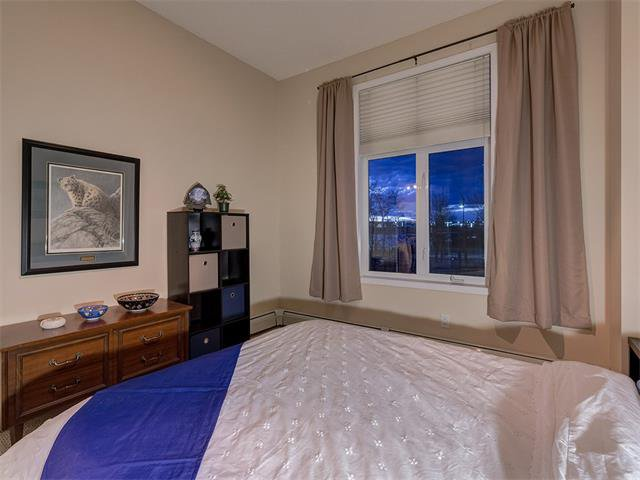 Photo 25: Photos: 111 8 COUNTRY VILLAGE Bay NE in Calgary: Country Hills Village Condo for sale : MLS®# C4052961