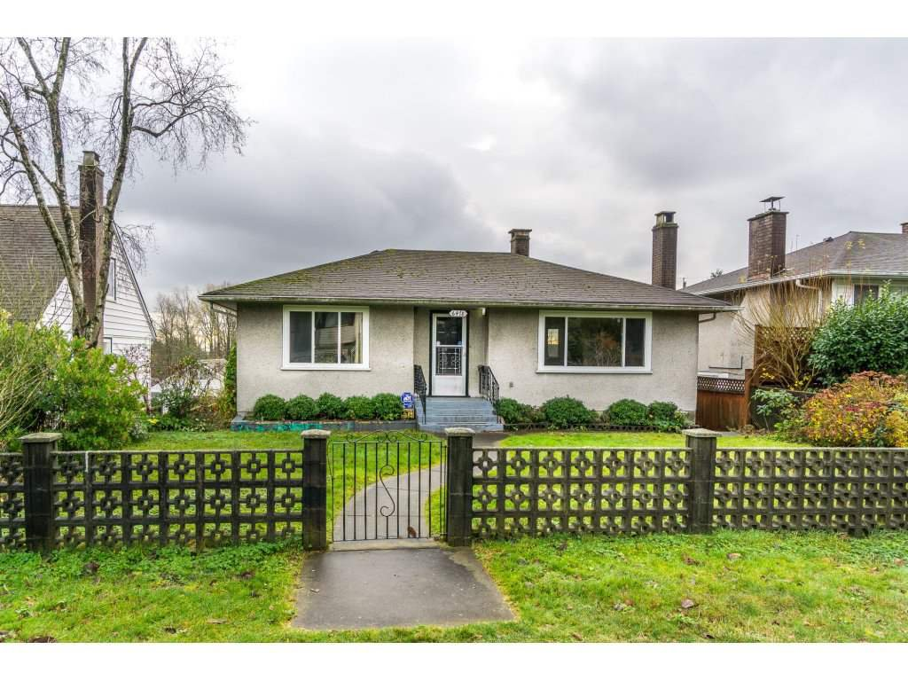 Main Photo: 6478 CLINTON Street in Burnaby: South Slope House for sale (Burnaby South)  : MLS®# R2125694
