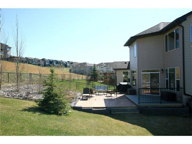 Photo 50: Photos: 188 SUNSET Close: Cochrane House for sale : MLS®# C4115906