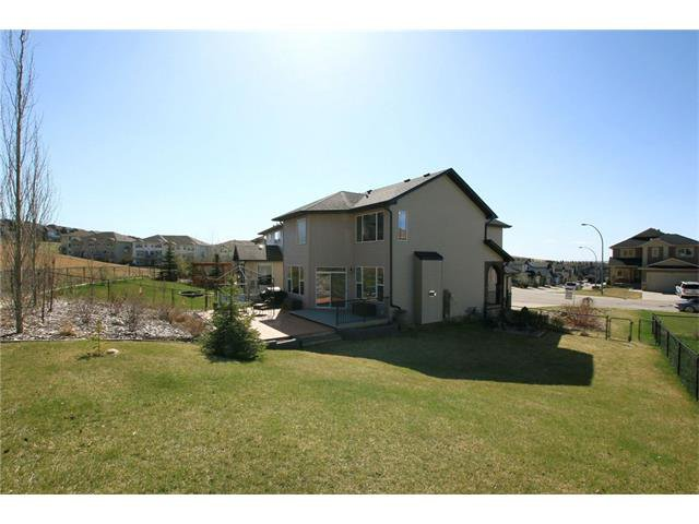 Photo 43: Photos: 188 SUNSET Close: Cochrane House for sale : MLS®# C4115906