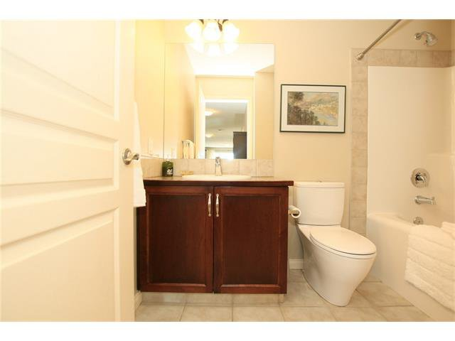 Photo 33: Photos: 188 SUNSET Close: Cochrane House for sale : MLS®# C4115906