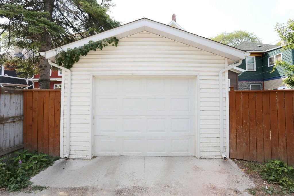Photo 24: Photos: 185 Home Street in Winnipeg: Wolseley Single Family Detached for sale (5B)  : MLS®# 1807366