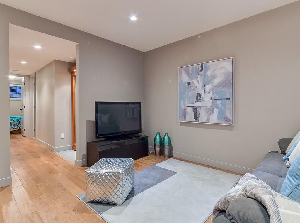 Photo 42: Photos: 4603 19 Avenue NW in Calgary: Montgomery House for sale : MLS®# C4162318