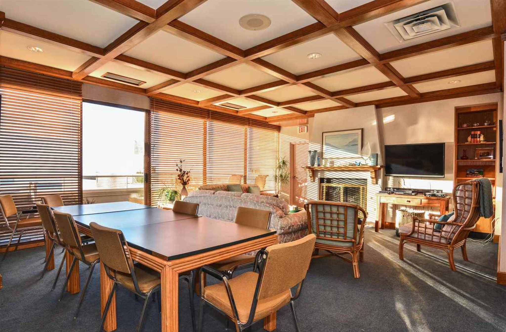 Photo 13: Photos: 405, 15111 Russell Avenue: White Rock Condo for sale (South Surrey White Rock)  : MLS®# R2133728