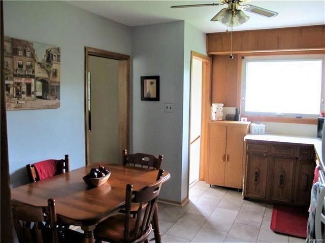 Photo 13: Photos:  in Winnipeg: East Kildonan Residential for sale (3D)  : MLS®# 1814608