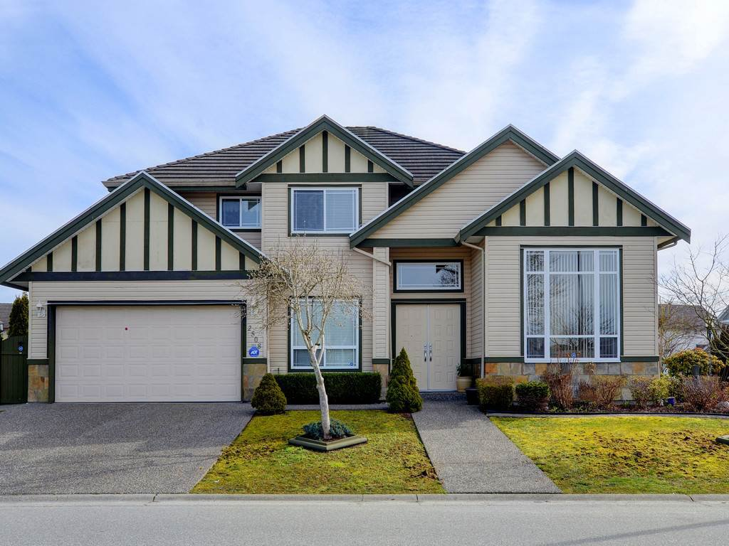 Main Photo: 2508 CONGO Crescent in Port Coquitlam: Riverwood House for sale : MLS®# R2286721
