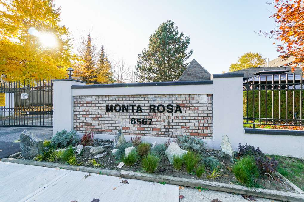 "Main Photo: 44 8567 164 Street in Surrey: Fleetwood Tynehead Townhouse for sale in ""MONTA ROSA"" : MLS®# R2317384"