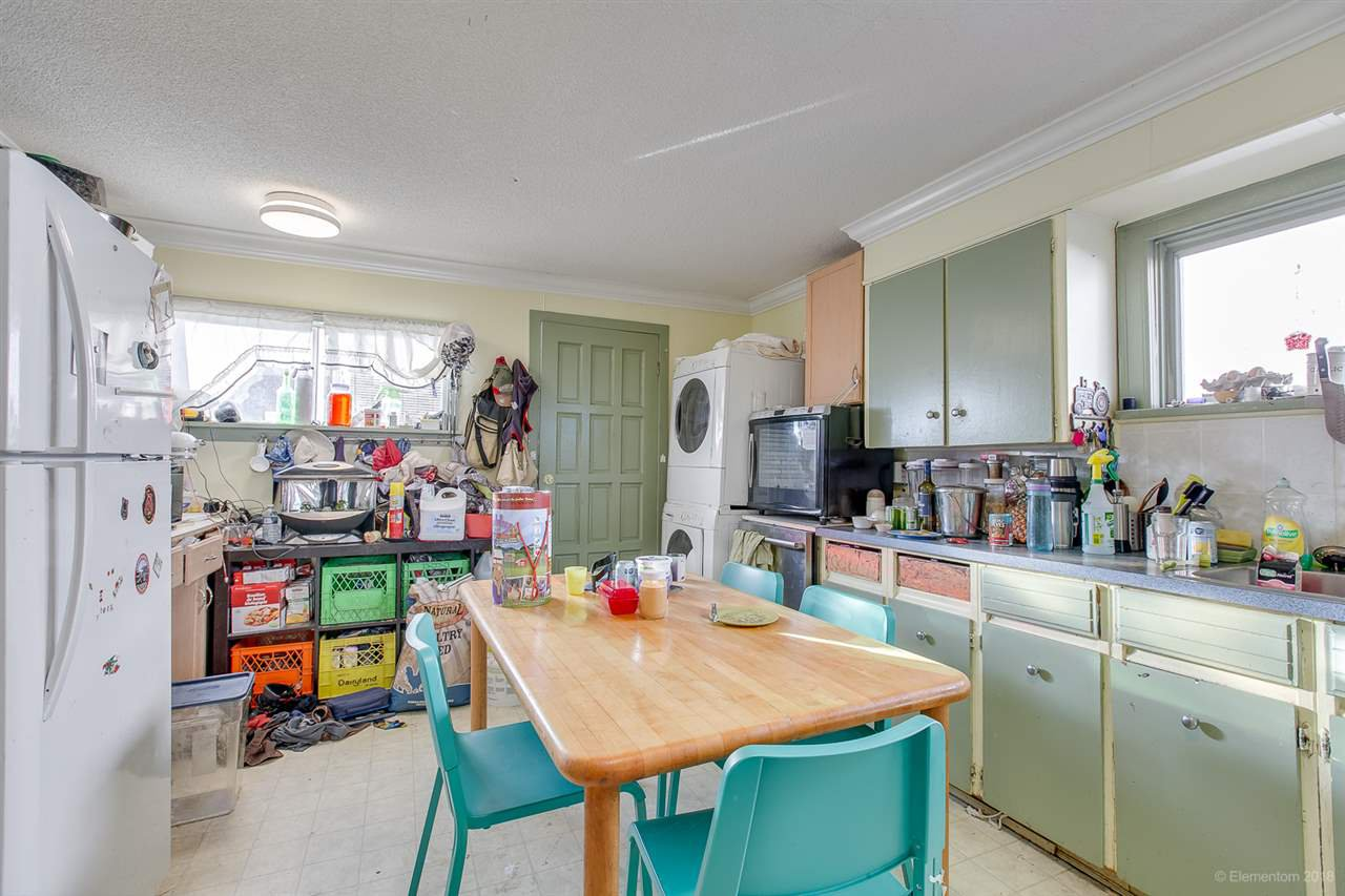 Photo 8: Photos: 2254 E 24TH Avenue in Vancouver: Victoria VE House for sale (Vancouver East)  : MLS®# R2326595
