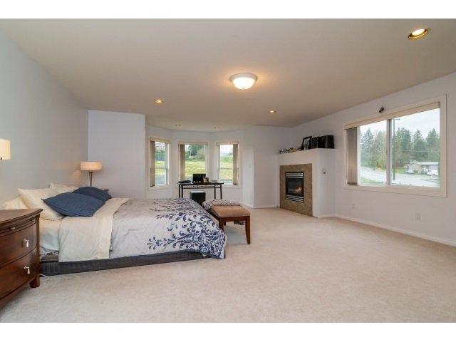 Photo 15: Photos: 8787 166B Street in Surrey: Fleetwood Tynehead House for sale : MLS®# R2341846