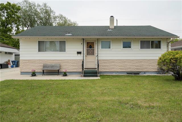 Main Photo: 4 Blueberry Bay in Winnipeg: Windsor Park Residential for sale (2G)  : MLS®# 1914815