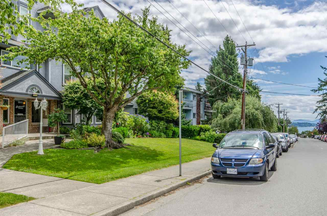 An oasis in the heart of White Rock located minutes away from the beach, shopping and services!