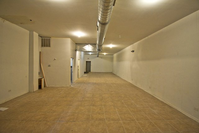 Photo 5: Photos: 2619 Division Street Unit C-1 in Chicago: CHI - West Town Retail / Stores for rent ()  : MLS®# 10618940