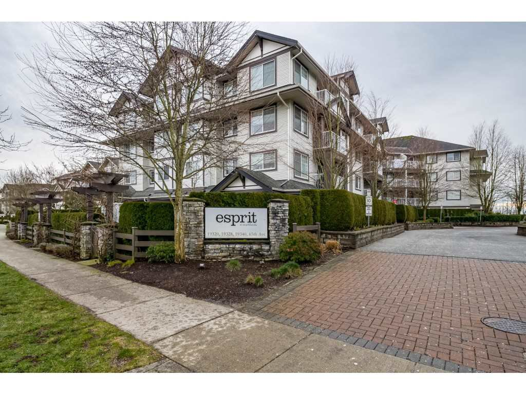 "Main Photo: 204 19340 65 Avenue in Surrey: Clayton Condo for sale in ""Esprit at Southlands"" (Cloverdale)  : MLS®# R2434835"