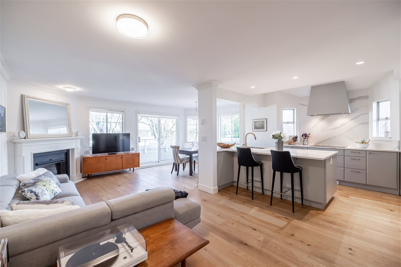 """Main Photo: 8 249 E 4TH Street in North Vancouver: Lower Lonsdale Townhouse for sale in """"Northgate Court"""" : MLS®# R2522160"""