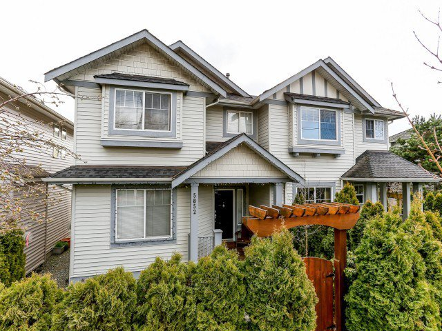 Main Photo: 5852 148TH Street in Surrey: Sullivan Station House 1/2 Duplex for sale : MLS®# F1407622