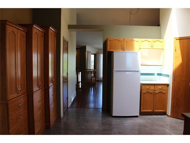 Photo 5: Photos: 31 APPLERIDGE Green SE in CALGARY: Applewood Residential Detached Single Family for sale (Calgary)  : MLS®# C3620379