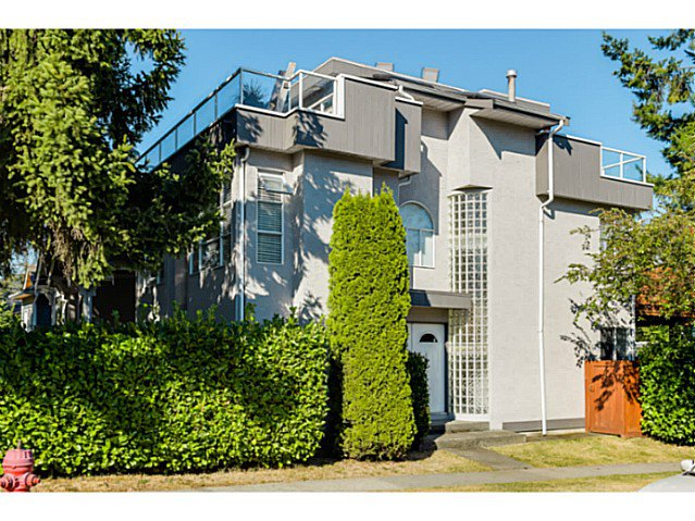 "Main Photo: 363 E 30TH Avenue in Vancouver: Main House for sale in ""MAIN STREET"" (Vancouver East)  : MLS®# V1085412"