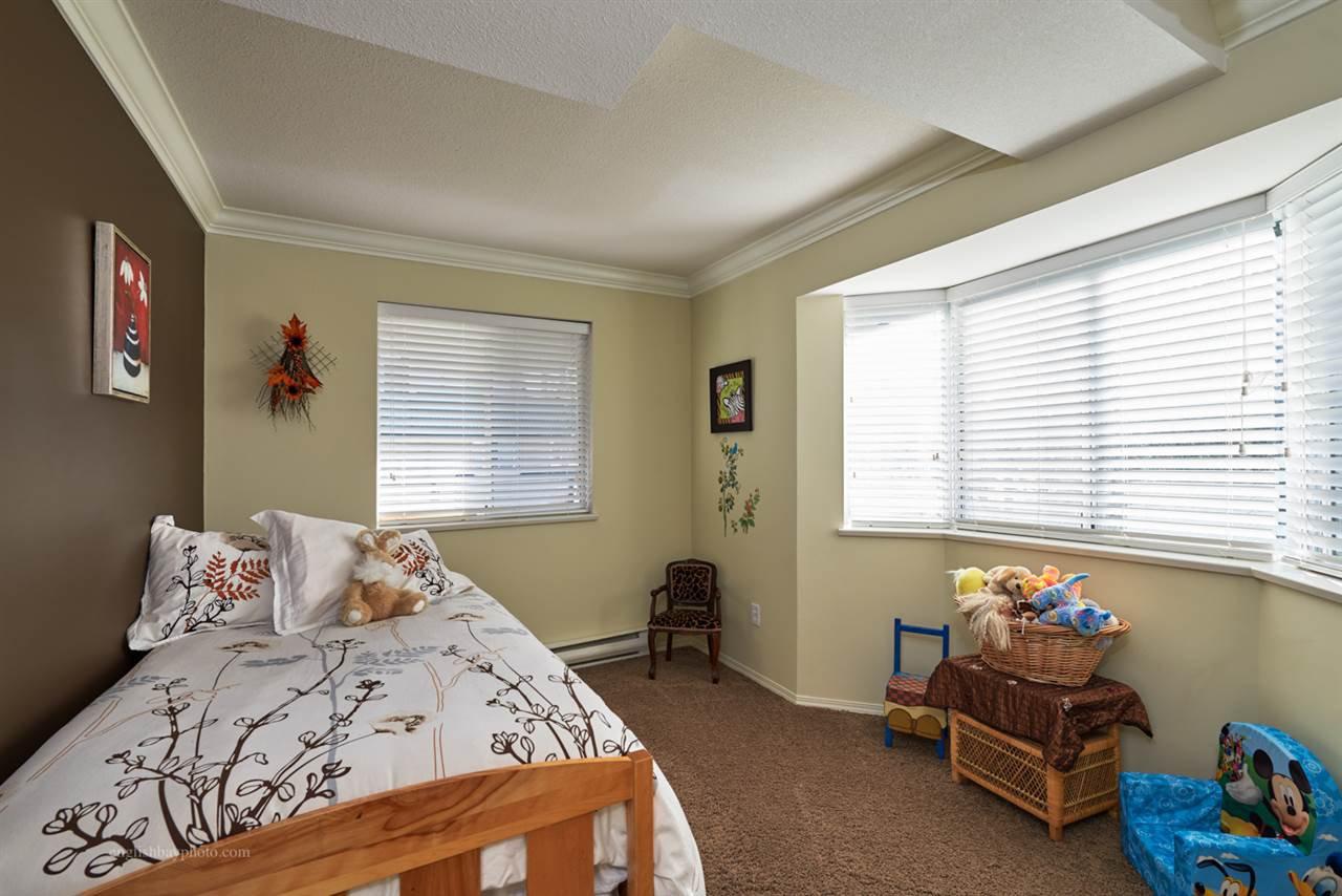 "Photo 10: Photos: 205 2962 TRETHEWEY Street in Abbotsford: Abbotsford West Condo for sale in ""Cascade Green"" : MLS®# R2038119"