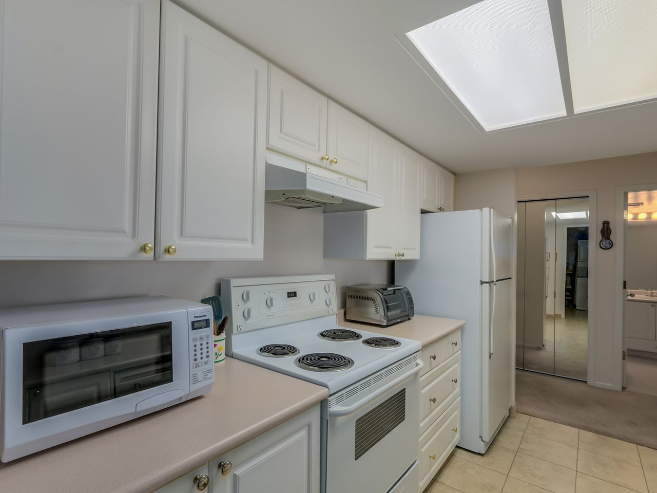 Photo 6: Photos: 403 728 PRINCESS Street in New Westminster: Uptown NW Condo for sale : MLS®# R2061685