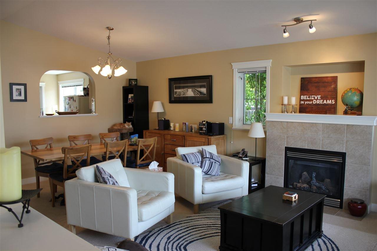 Photo 2: Photos: 5728 EMILY Way in Sechelt: Sechelt District House for sale (Sunshine Coast)  : MLS®# R2070288
