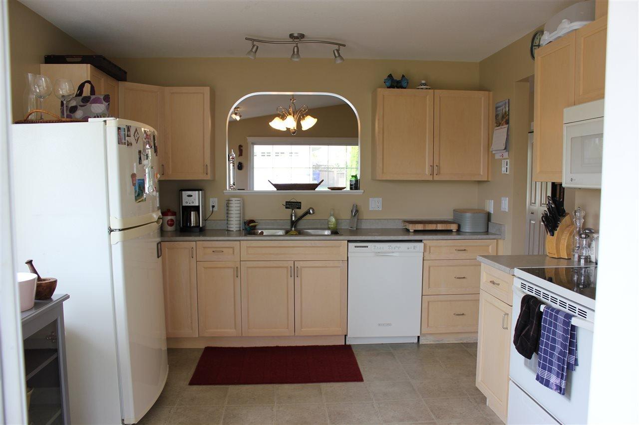 Photo 4: Photos: 5728 EMILY Way in Sechelt: Sechelt District House for sale (Sunshine Coast)  : MLS®# R2070288