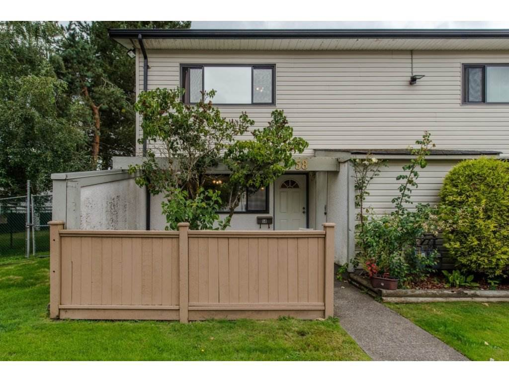 "Main Photo: 58 5211 204TH Street in Langley: Langley City Townhouse for sale in ""Portage Estates"" : MLS®# R2087389"