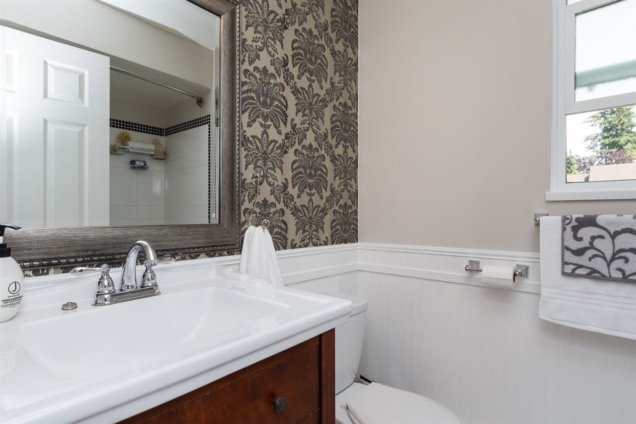 Photo 16: Photos: 11955 STAPLES Crescent in Delta: Sunshine Hills Woods House for sale (N. Delta)  : MLS®# R2092207