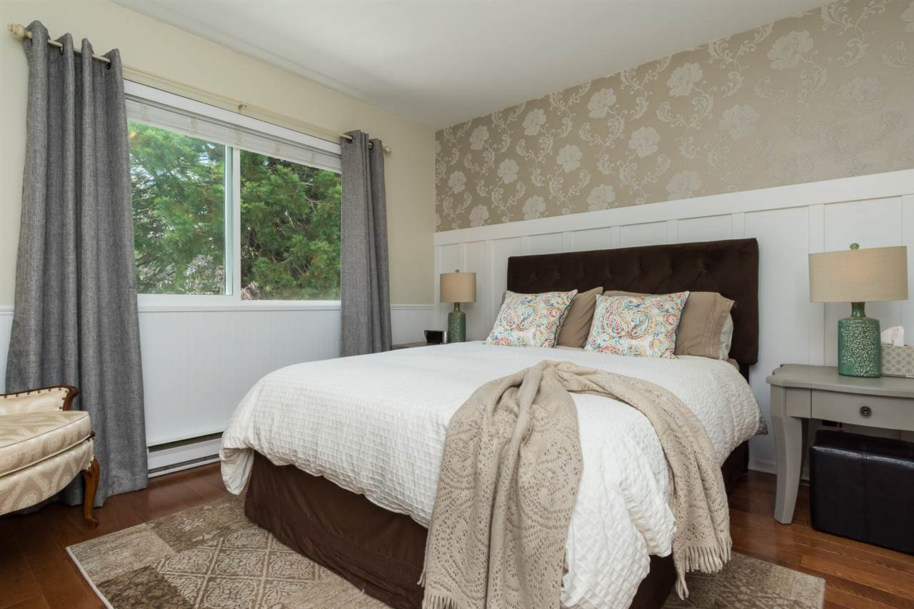 Photo 12: Photos: 11955 STAPLES Crescent in Delta: Sunshine Hills Woods House for sale (N. Delta)  : MLS®# R2092207