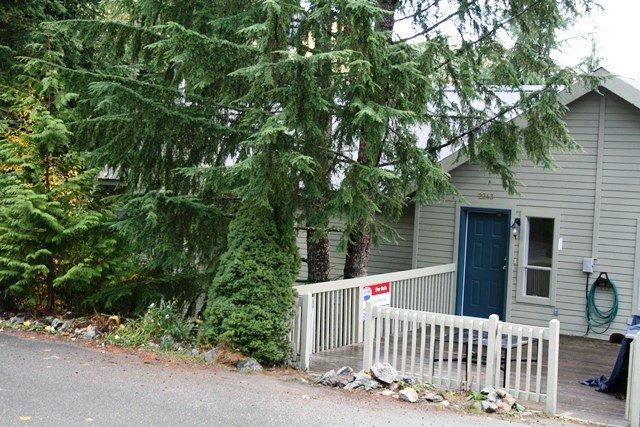 "Main Photo: 2243 BRANDYWINE Way in Whistler: Bayshores House 1/2 Duplex for sale in ""BAYSHORES"" : MLS®# R2096332"
