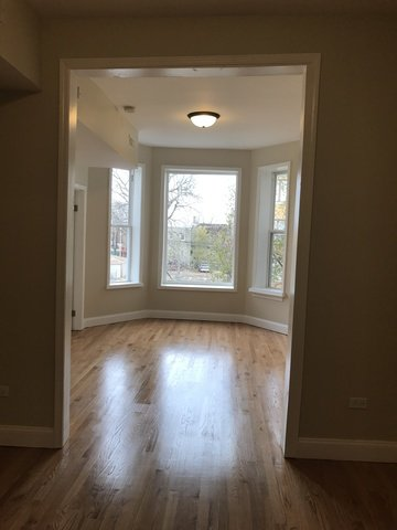 Photo 2: Photos: 4211 Gladys Avenue in CHICAGO: CHI - West Garfield Park Multi Family (2-4 Units) for sale ()  : MLS®# 09401901