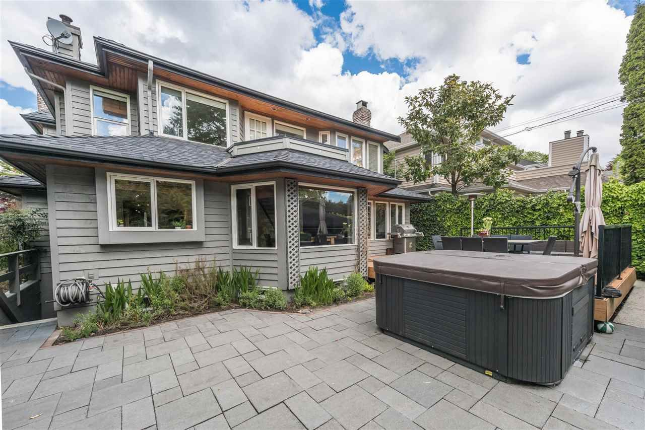 Photo 2: Photos: 1888 W 61ST Avenue in Vancouver: S.W. Marine House for sale (Vancouver West)  : MLS®# R2157126