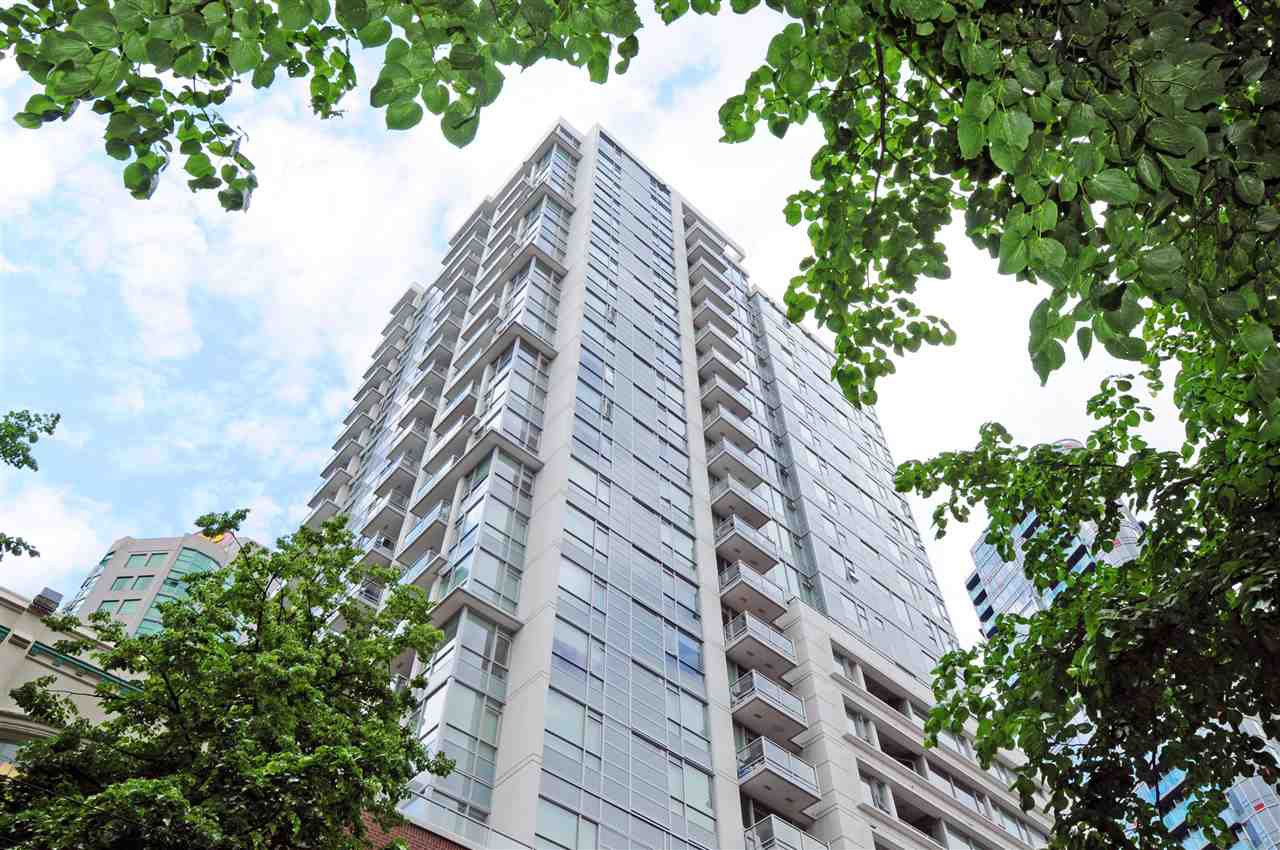 """Main Photo: 1306 821 CAMBIE Street in Vancouver: Downtown VW Condo for sale in """"RAFFLES ON ROBSON"""" (Vancouver West)  : MLS®# R2186091"""