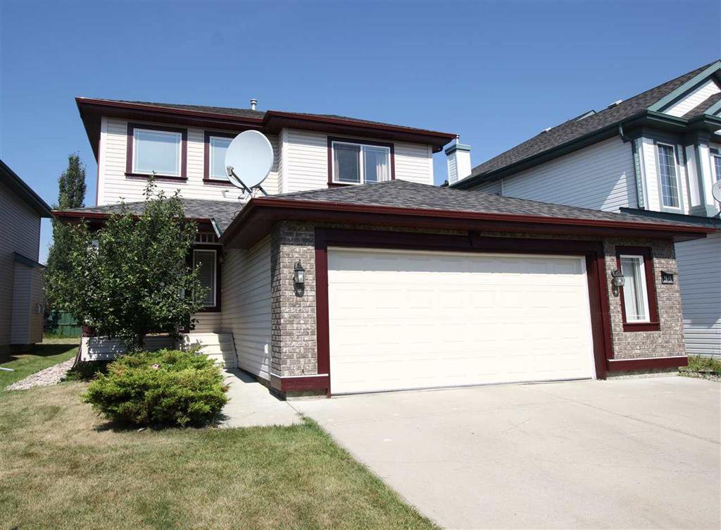 Main Photo: 2615 Hanna Crescent: House for sale