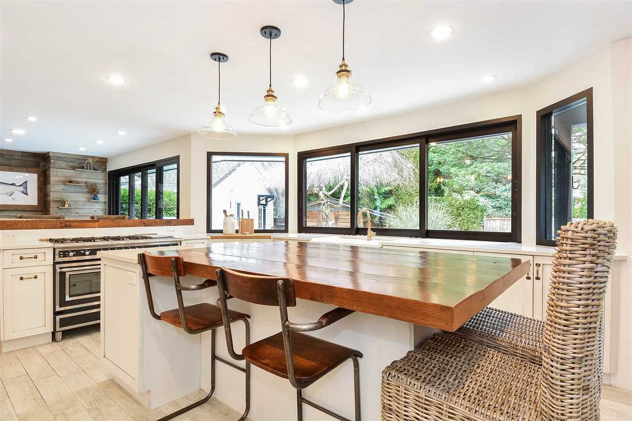 "Photo 7: Photos: 12655 21A Avenue in Surrey: Crescent Bch Ocean Pk. House for sale in ""Ocean Cliff Estates"" (South Surrey White Rock)  : MLS®# R2237825"