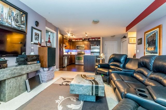 """Photo 8: Photos: 102 46289 YALE Road in Chilliwack: Chilliwack E Young-Yale Condo for sale in """"NewMark"""" : MLS®# R2238596"""