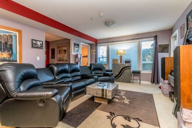 """Photo 6: Photos: 102 46289 YALE Road in Chilliwack: Chilliwack E Young-Yale Condo for sale in """"NewMark"""" : MLS®# R2238596"""