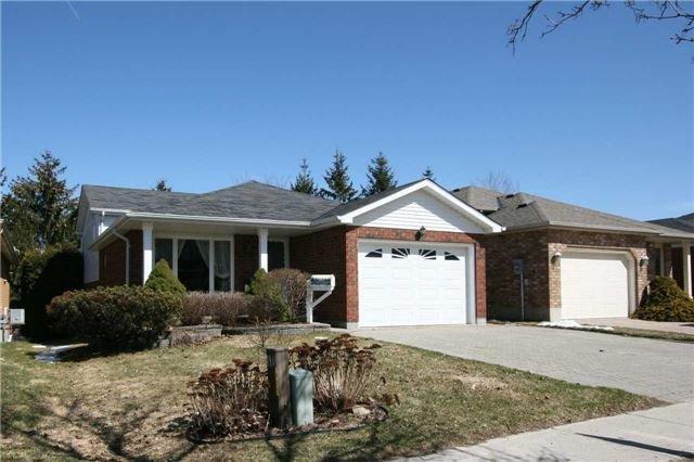 Main Photo: 114 Pheasant Court: Orangeville House (Backsplit 4) for sale : MLS®# W4098121
