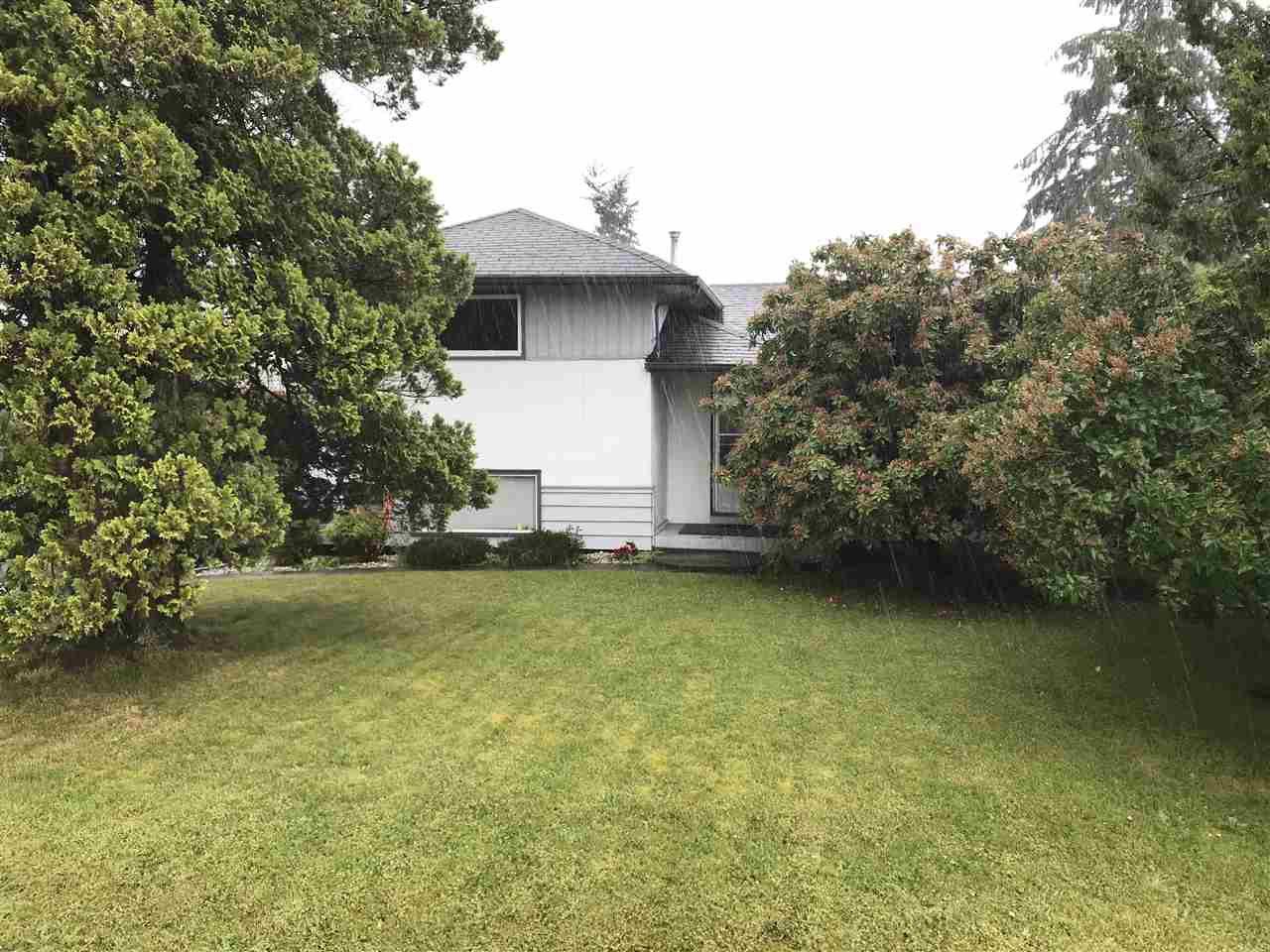 Photo 4: Photos: 9757 123 Street in Surrey: Cedar Hills House for sale (North Surrey)  : MLS®# R2279897